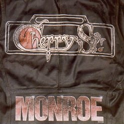 CHERRY ST. (US) / Monroe + 3