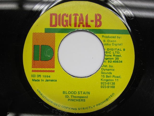 PINCHERS / BLOOD STAIN / DIGITAL-B