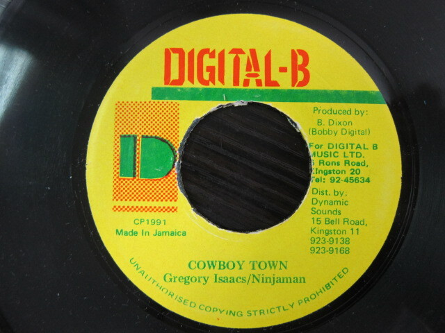 Gregory Isaacs . Ninjaman / COWBOY TOWN / DIGITAL-B