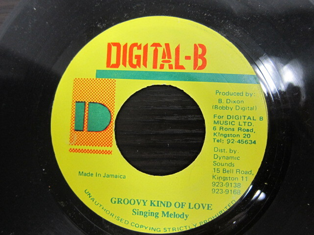 Singing Melody / GROOVY KIND OF LOVE / DIGITAL-B