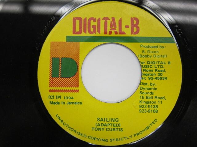 TONY CURTIS / SAILING / DIGITAL-B