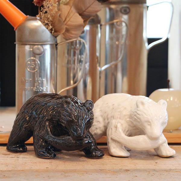 馴染みのある熊のオブジェをセラミックにて作成。