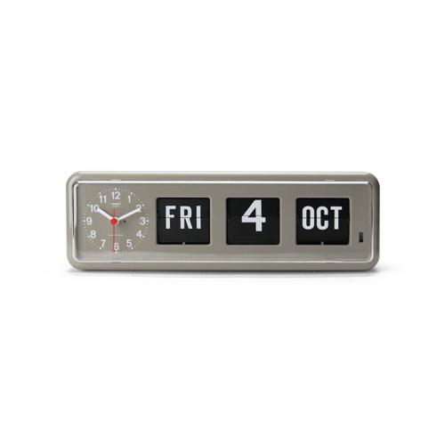 トゥエンコ社のフリップカレンダー付き時計。