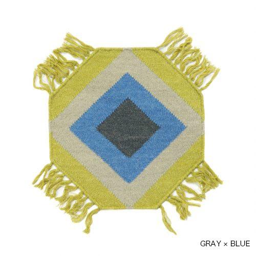 Octagon(八角形)のコットンウールラグ。
