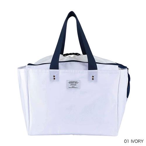 レジカゴにセットできるタイプの 便利なマーケットバッグです。