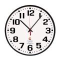 視認性に優れた壁掛け時計