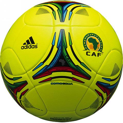 アディダス(adidas)サッカーボール5号球 コモエクア AS558ACN