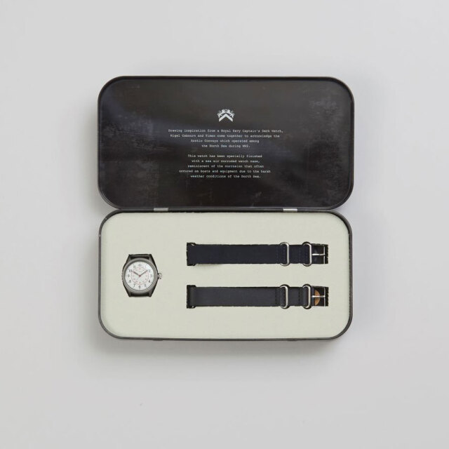 Nigel Cabourn (ナイジェル・ケーボン) × TIMEX (タイメックス) [804129-69000] NAVAL OFFICERS WATCH / ミリタリーウォッチ / 腕時計 / 21'S/S新作 / 限定 コラボ モデル