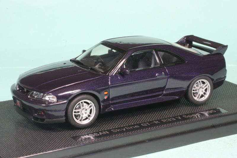 エブロ 1/43 ニッサン スカイライン GT-R R33 Vスペック パープル 44187