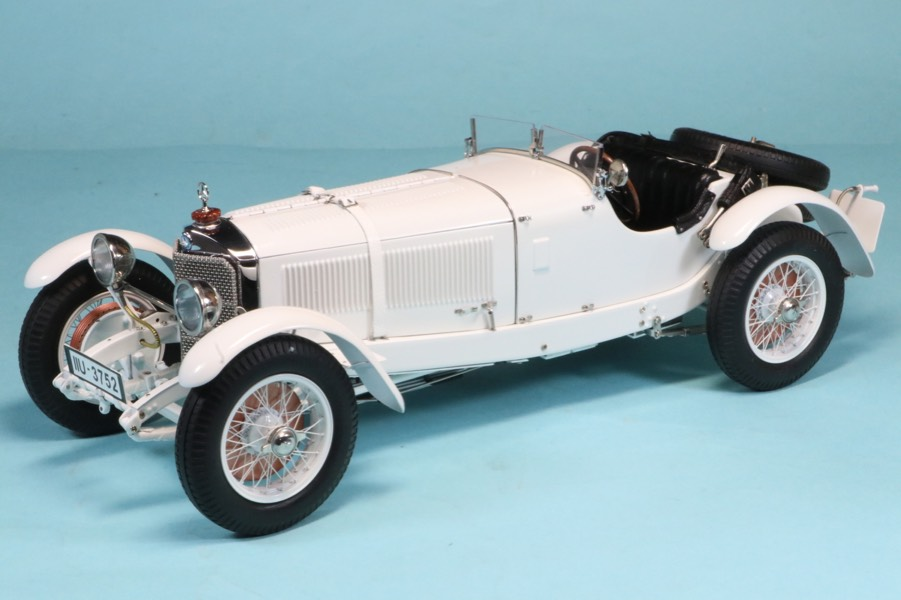 CMC 1/18 メルセデス ベンツ SSK 1930 ホワイト 1000台限定 M-190