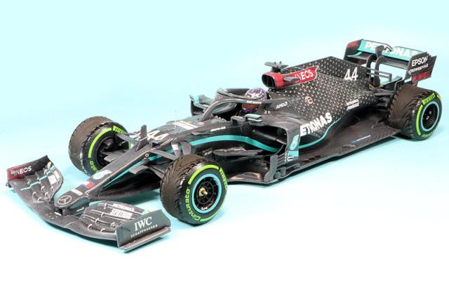 ミニチャンプス 1/18 メルセデス AMG ペトロナス W11 EQパフォーマンス トルコGP 2020 Winner L.ハミルトン ワールドチャンピオン 110201444