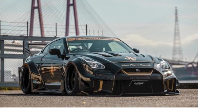 """[予約] D&G(Davis&Giovanni) 1/18 LB Performance R35  GT-RR """"JPS"""" ブラック 限定35台 DG180171"""