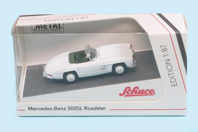 シュコー 1/87 メルセデス ベンツ 300SL ロードスター ホワイト 452639400
