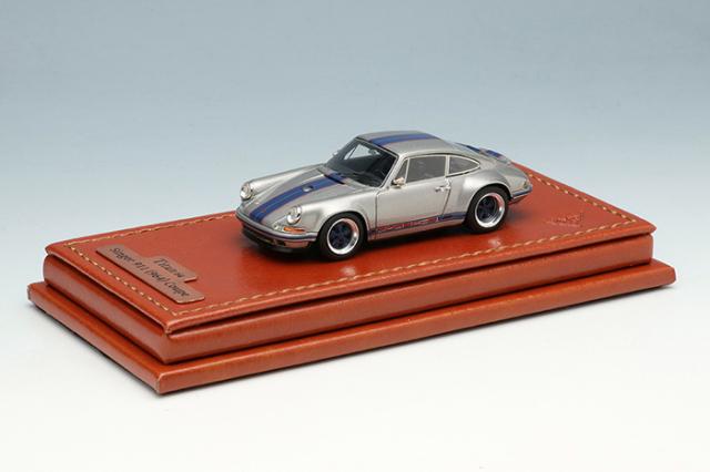 [予約] タイタン64 1/64 シンガー 911 (964) クーペ チタニウムシルバー / ダークブルーストライプ (限定400台、国内販売200台) TM001G