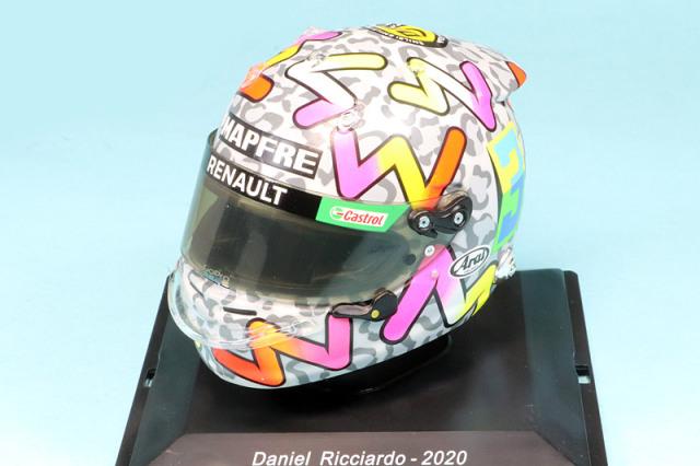 スパーク 1/5 ヘルメット D.リカルド ルノー 2020 5HF044