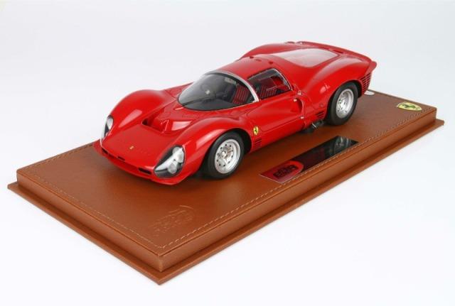 [予約] BBR 1/18 フェラーリ 330 P3 1966 ストラダーレ ディスプレケース付き BBRC1835AW