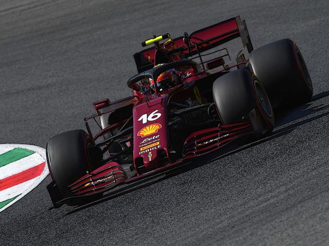 [予約] BBR 1/18 フェラーリ SF1000 トスカーナー ムジェロ GP 2020 フェラーリ F1 1000th GP C.ルクレール ディスプレイケース付き(ダイキャストモデル) BBR161000DIE