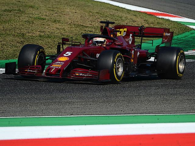 [予約] BBR 1/18 フェラーリ SF1000 トスカーナー ムジェロ GP 2020 フェラーリ F1 1000th GP S.ベッテル ディスプレイケース付き(ダイキャストモデル) BBR051000DIE