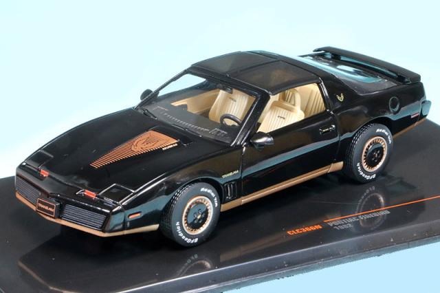 イクソ 1/43 ポンティアック ファイアーバード 1982 ブラック CLC366N