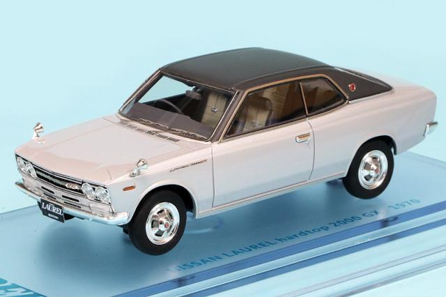 ENIF 1/43 ニッサン ローレル 2000GX 2ドア ハードトップ 1970 グランドシルバー/レザートップ ENIF0052