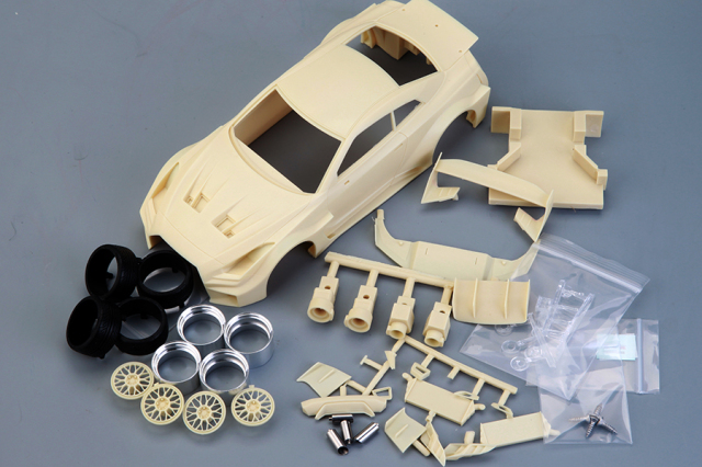 ホビーデザイン 1/24 レジンキット LB Performance ニッサン GT-RR R35 コンバットスタイル HD03-0590