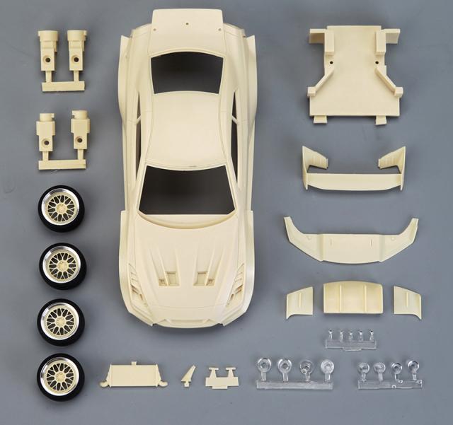 ホビーデザイン 1/24 レジンキット LB Performance ニッサン GT-R R35 シルエットデザイン HD03-0585