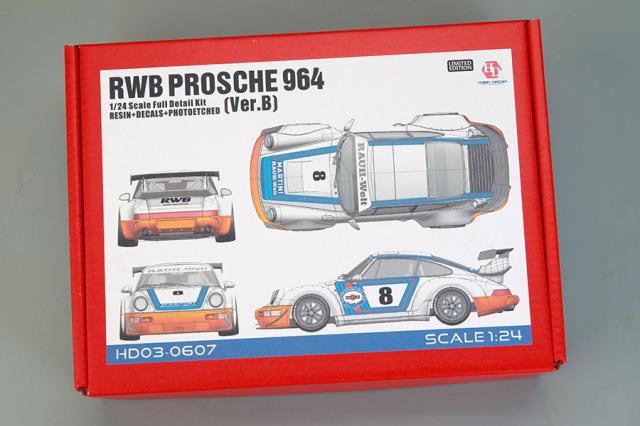 ホビーデザイン 1/24 レジンキット RWB 964 Ver.B マルティニ ビッグウイング HD03-0607