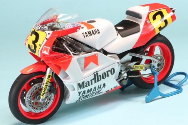 ロムファクトリー 1/12 ヤマハ YZR500 WGOP 1988 E.ローソン ワールドチャンピオン RF21503_SK