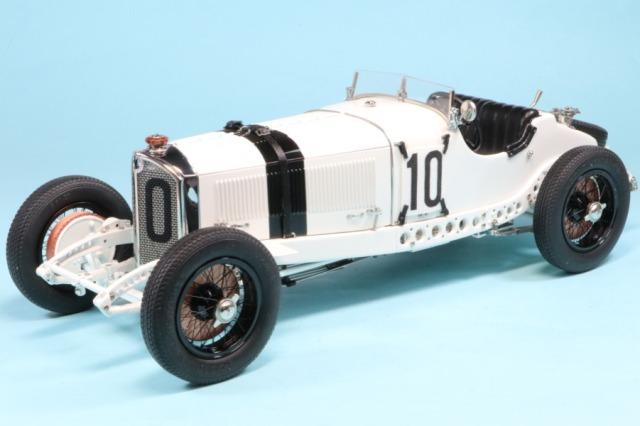 CMC 1/18 メルセデスベンツ SSKL  1931 ドイツ GP #10 ハンス・スタック 800台限定 M-188