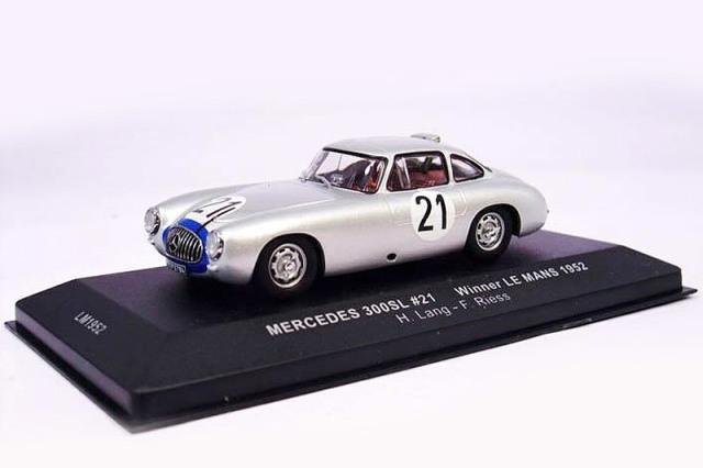 イクソ 1/43 メルセデス ベンツ 300SL ルマン 24h 1952 Winner No.21 LM1952