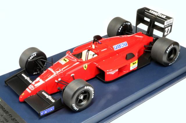 ルックスマート 1/18 フェラーリ F187/88C イタリアGP 1988 ミケーレ アルボレート 2nd ディスプレイケース付 LSF1H09S