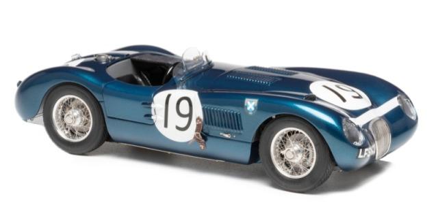 CMC 1/18 ジャガー タイプ C1952 (ブルー)  No.19 グッドウット メンバーズミーティング 1954  J.スチュワート E.エコッス 1500台限定 M-192