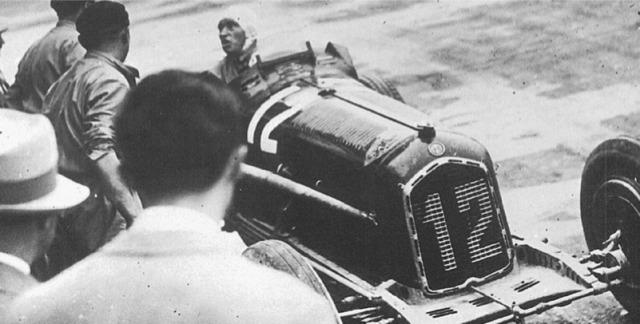 [予約] CMC 1/18 アルファロメロ P3 イタリア GP 1933 No.12 ファジョーリ ウィナー M-226