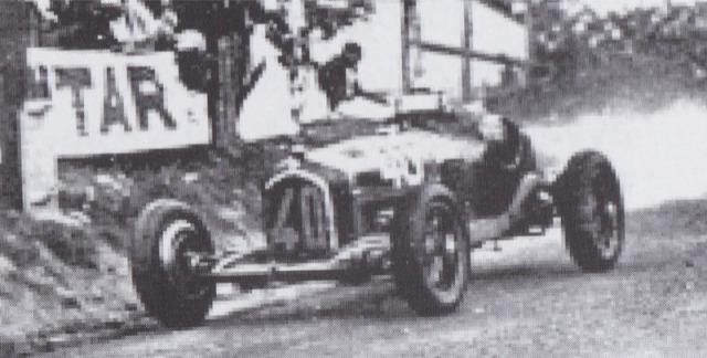 [予約] CMC 1/18 アルファロメロ P3 フランス コマンジュ GP 1933 No.40 ファジョーリ ウィナー M-228