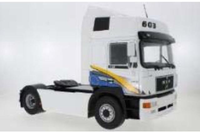 [予約] モデルカーグループ 1/18 MAN F2000 1994 ホワイト MCG18134