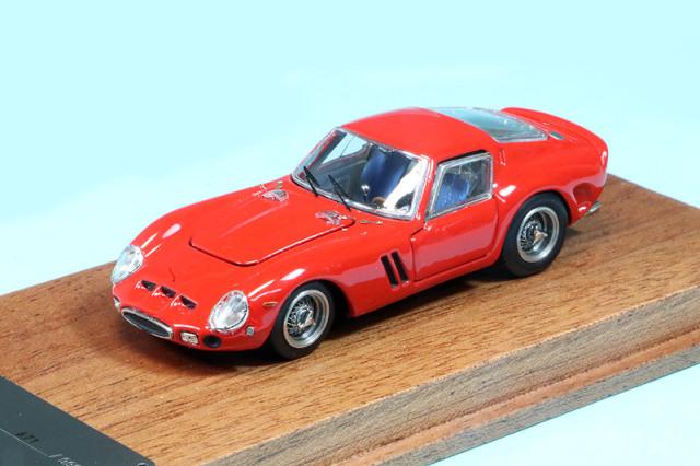 PGM 1/64 フェラーリ 250 GTO レッド (フル開閉) PGM-640104