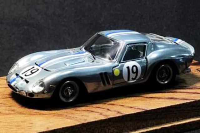 [予約] PGM 1/64 フェラーリ 250 GTO No.19 (フル開閉モデル/ダイキャスト素地カラー) PGM-640106