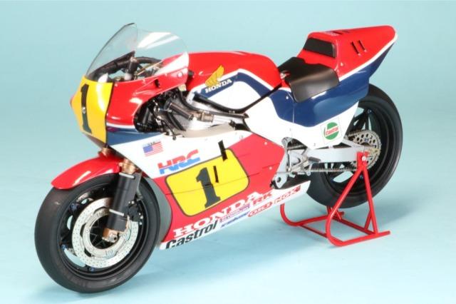 ロムファクトリー 1/12 ホンダ NSR 500 WGP 1984 F.スペンサー ハイディティールモデル カウルフル脱着 RF14121_SK