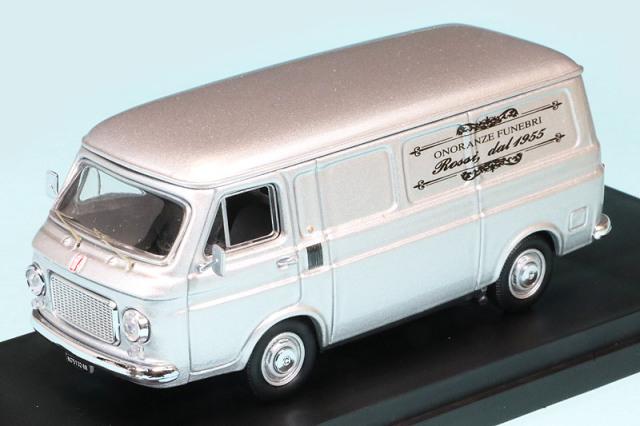 """リオ 1/43 フィアット 238 1972 """"ロッシ葬儀社"""" 営業車 RIO4653"""