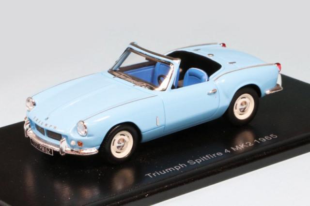 スパーク 1/43 トライアンフ スピットファイアー 4 MK2 1965 ライトブルー S2472