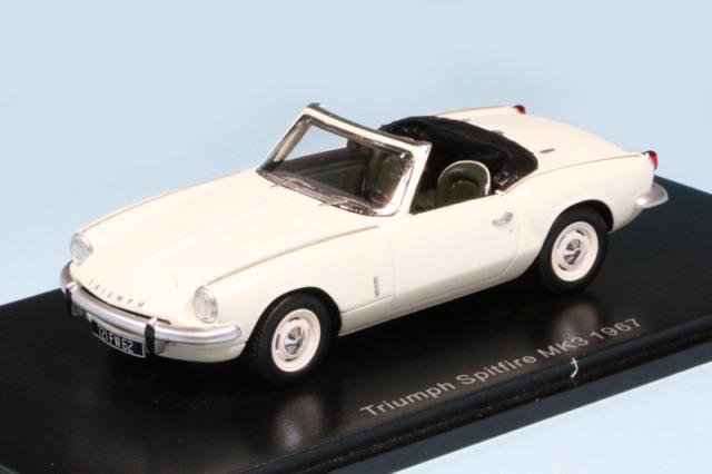 スパーク 1/43 トライアンフ スピットファイア MK3 1967 ホワイト S2473