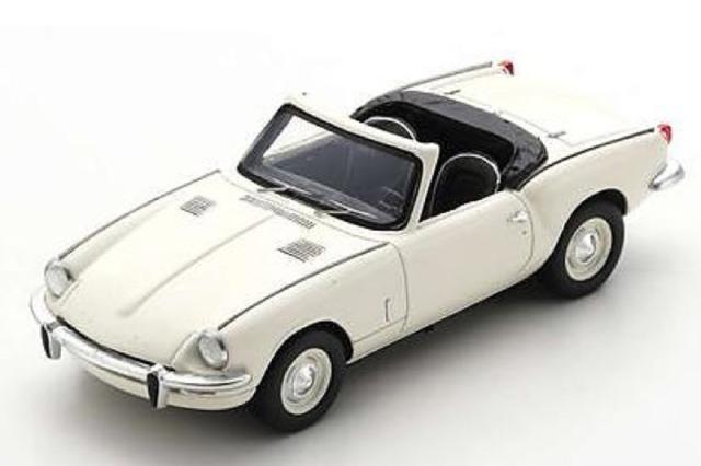 [予約] スパーク 1/43 トライアンフ スピットファイア MK3 1967 ホワイト S2473