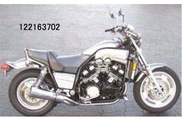 ミニチャンプス 1/12 ヤマハ V-MAX 1993 シルバーメタリック 122163702 122163702