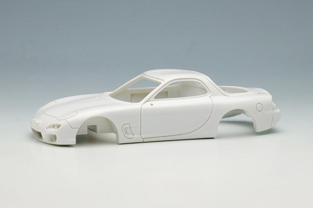 [予約] ヴィジョン 1/43 マツダ RX-7(FD3S) タイプRS 1999 ホワイト VM179B