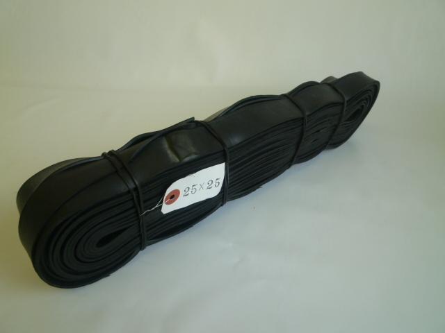 ゴムロープ 平タイプ 25mm巾×25m 輸入チューブ品