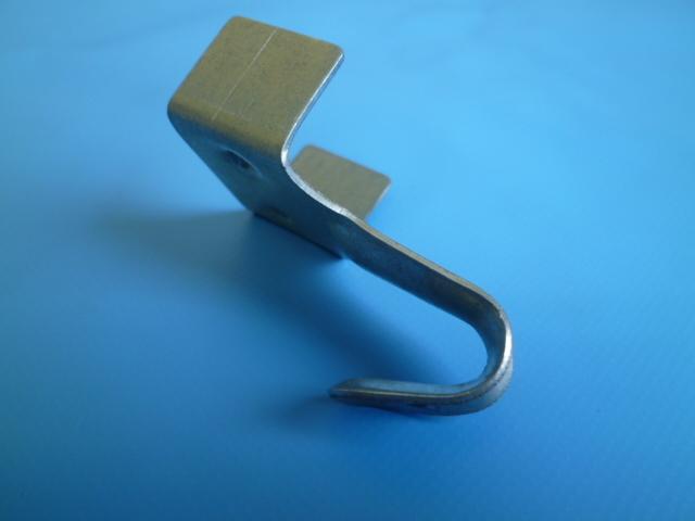 ゴムロープ用金具(固定式) 18~22mm平ゴム用 フック付止め金具