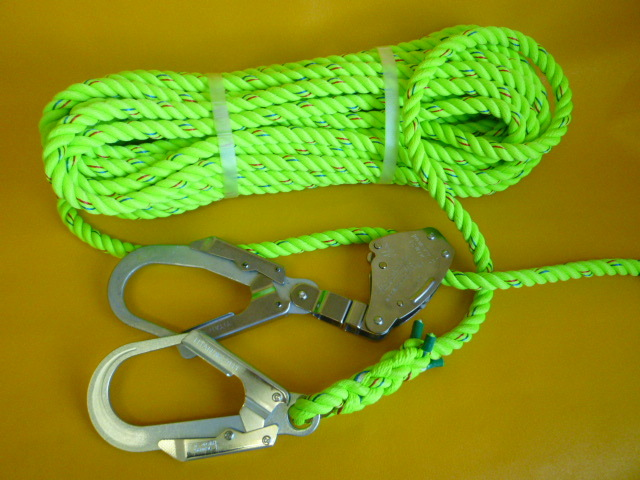 親綱ロープ 蛍光ライムグリーンロープ16mm 片端大径フック 片端緊張器付大径フック