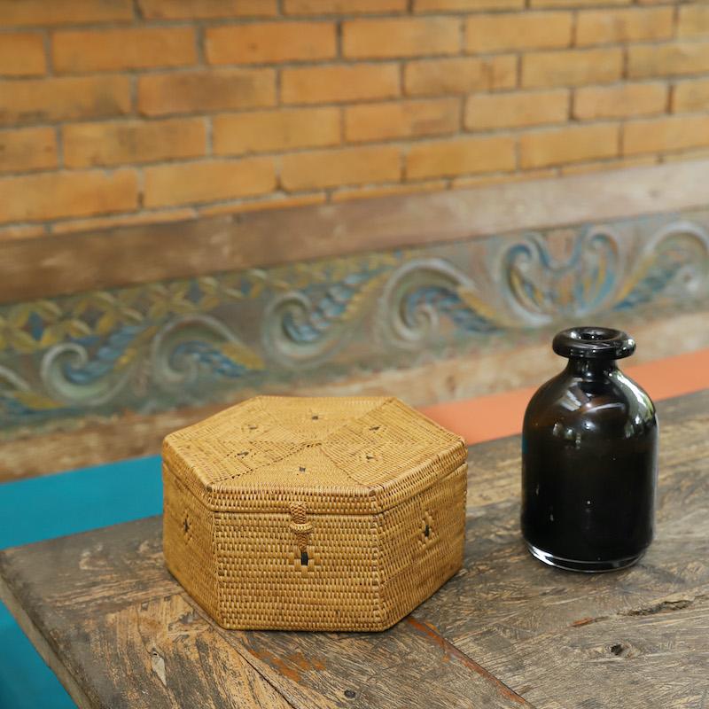 六角蓋付きMサイズ (BOX408)  Rosily(ロージリー) バリ島 アタかご雑貨 キッチン収納