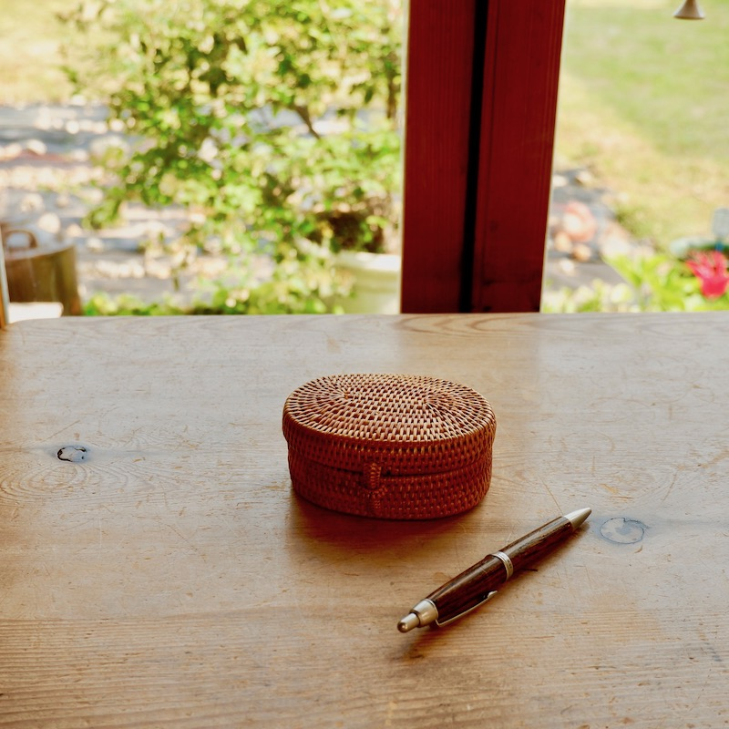 オーバル蓋付き Sサイズ (BOX410)  Rosily(ロージリー) バリ島 アタかご雑貨 キッチン収納