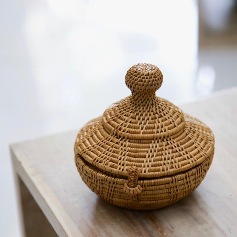 タジン鍋かも知れない Sサイズ (BOX430)  Rosily(ロージリー) バリ島 アタかご雑貨 蓋付きバスケット